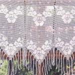 üç parçalı güllü el örgü perde modelleri