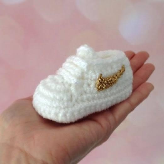 Yeni Model Örgü Bebek Patikleri