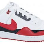 Kırmızı Beyaz ve Siyah Renkli Nike Erkek Spor Ayakkabı Modelleri