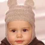 açık kahverengi örgü bebek şapka modelleri