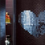 aynalı kalpli banyo fayansları modelleri