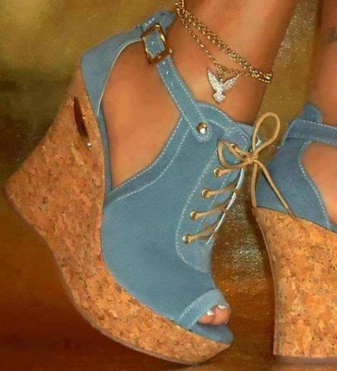 Dolgu Topuklu Yazlık Bayan Ayakkabıları