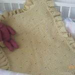 fırfırlı ve delikli bebek battaniye modelleri