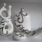 gümüş kabartmalı beyaz porselen salon süs eşyası modelleri