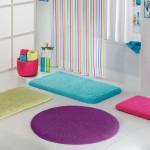 her renk ve ebatta banyo halıları modelleri 150x150 Banyo Halıları Modelleri