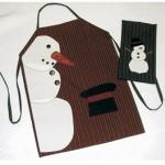 kardan adamlı kahverenkli mutfak önlükleri modeli