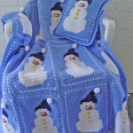 kardan adamlı mavi bebek battaniye modelleri 150x150 Bebek Battaniye Modelleri