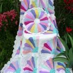 rengarenk çizgili kareli bebek battaniye modelleri 150x150 Bebek Battaniye Modelleri