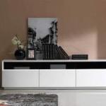 siyah ince camlı beyaz lake LCD tv sehpası modeli