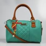 turkuaz mavisi taba askılı lcw çanta modelleri