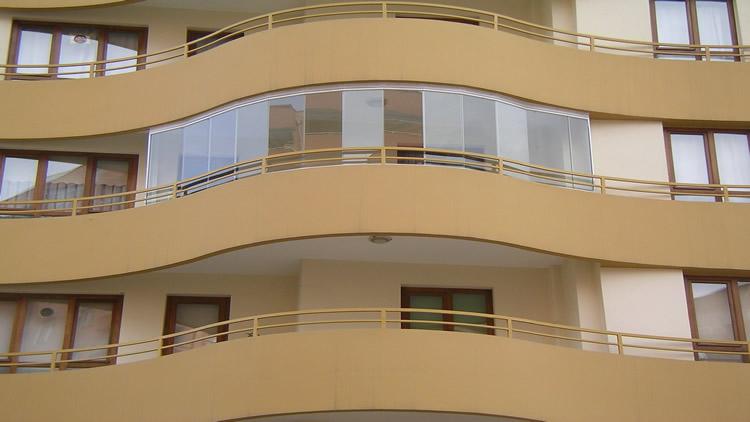 Cam Balkon Sürgülü Katlanır Yeni Tasarımları