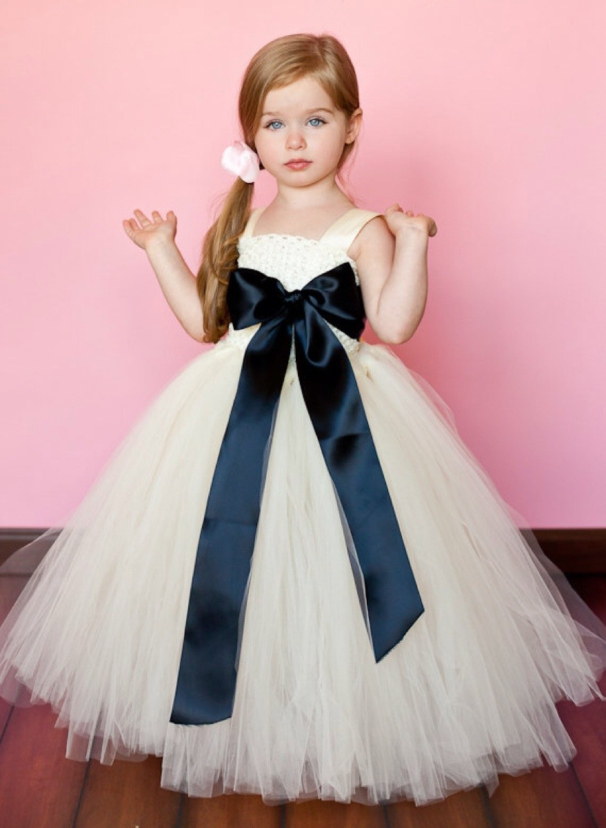 Kız Çocuk Gelinlik Modelleri